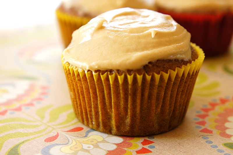 Applesauce-Spice Cupcakes with Brown-Sugar Cream Cheese Frosting