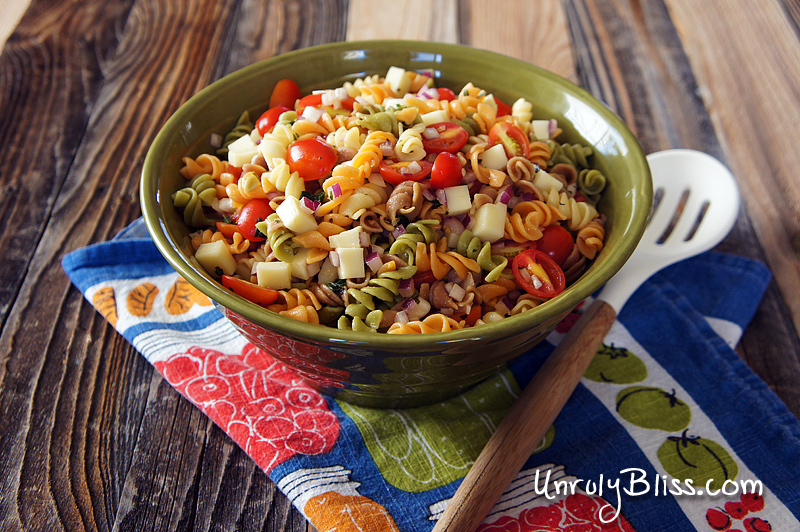 Tomato, Basil, and Mozzarella Pasta Salad from UnrulyBliss.com