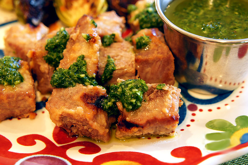 Steak Skewers with Cilantro-Garlic Sauce