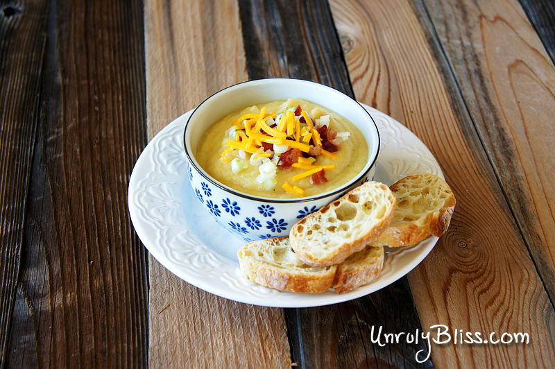 Creamy Cauliflower and Potato Soup